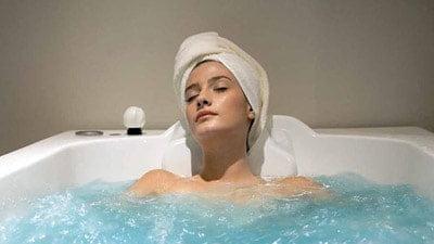 Процедура підводного душа-масажа в санаторії Боржава